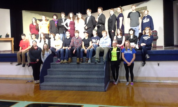 The 2015 cast and crew of the Fall production Father of the Bride.